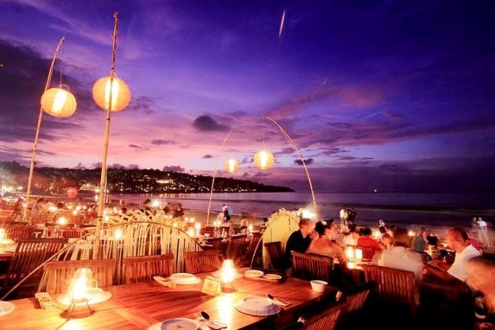 Ужин на пляже Джимбаран