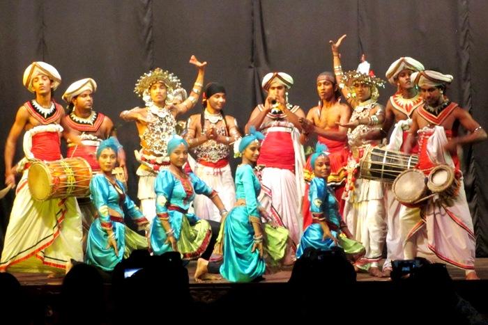Ланкийские Танцы