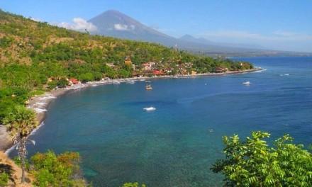Бухта Jemeluk, Бали